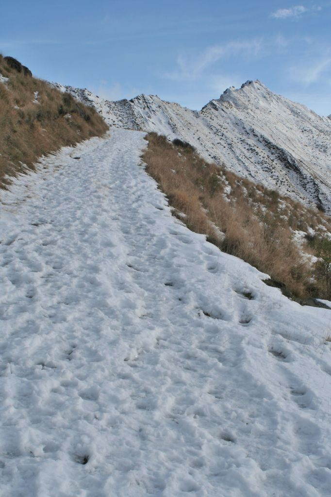 More and more snow on the way up