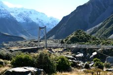 Swing bridge in the Hooker Valley