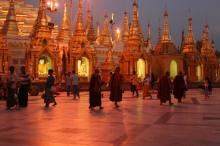 Yangon's Shwedagon pago